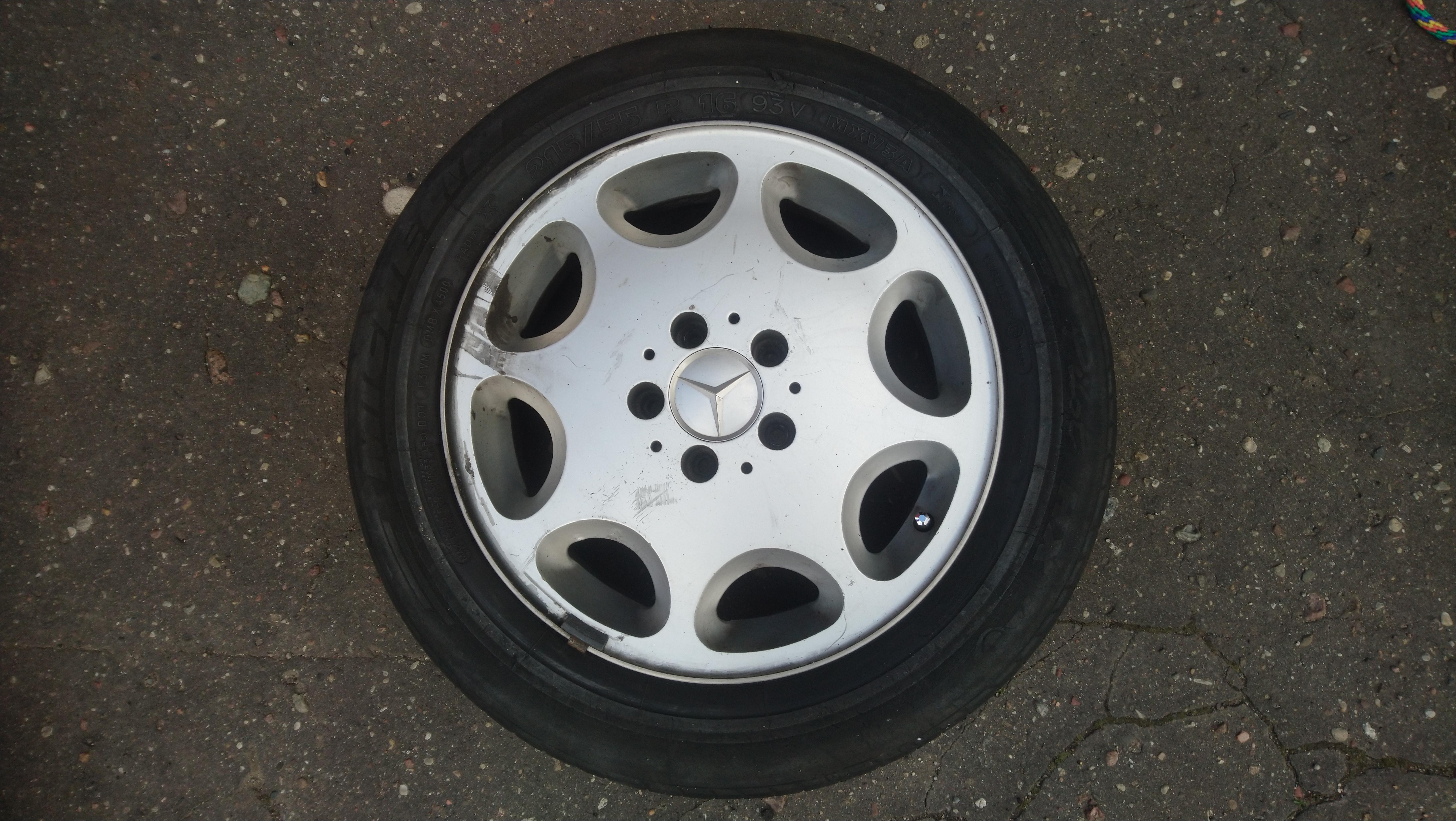 Freemoto - Opona Michelin 215/55