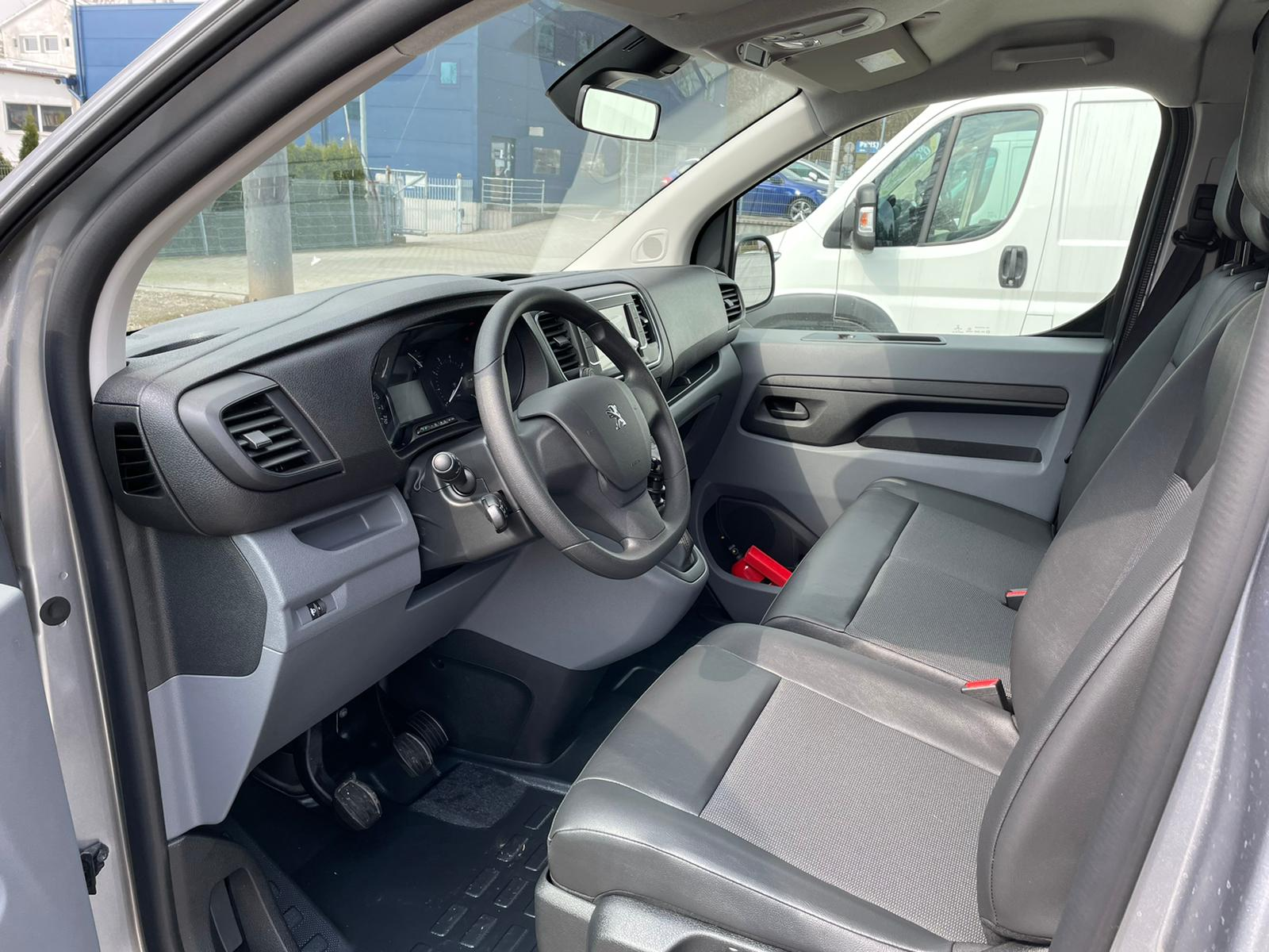 Freemoto - Peugeot Expert L3H1