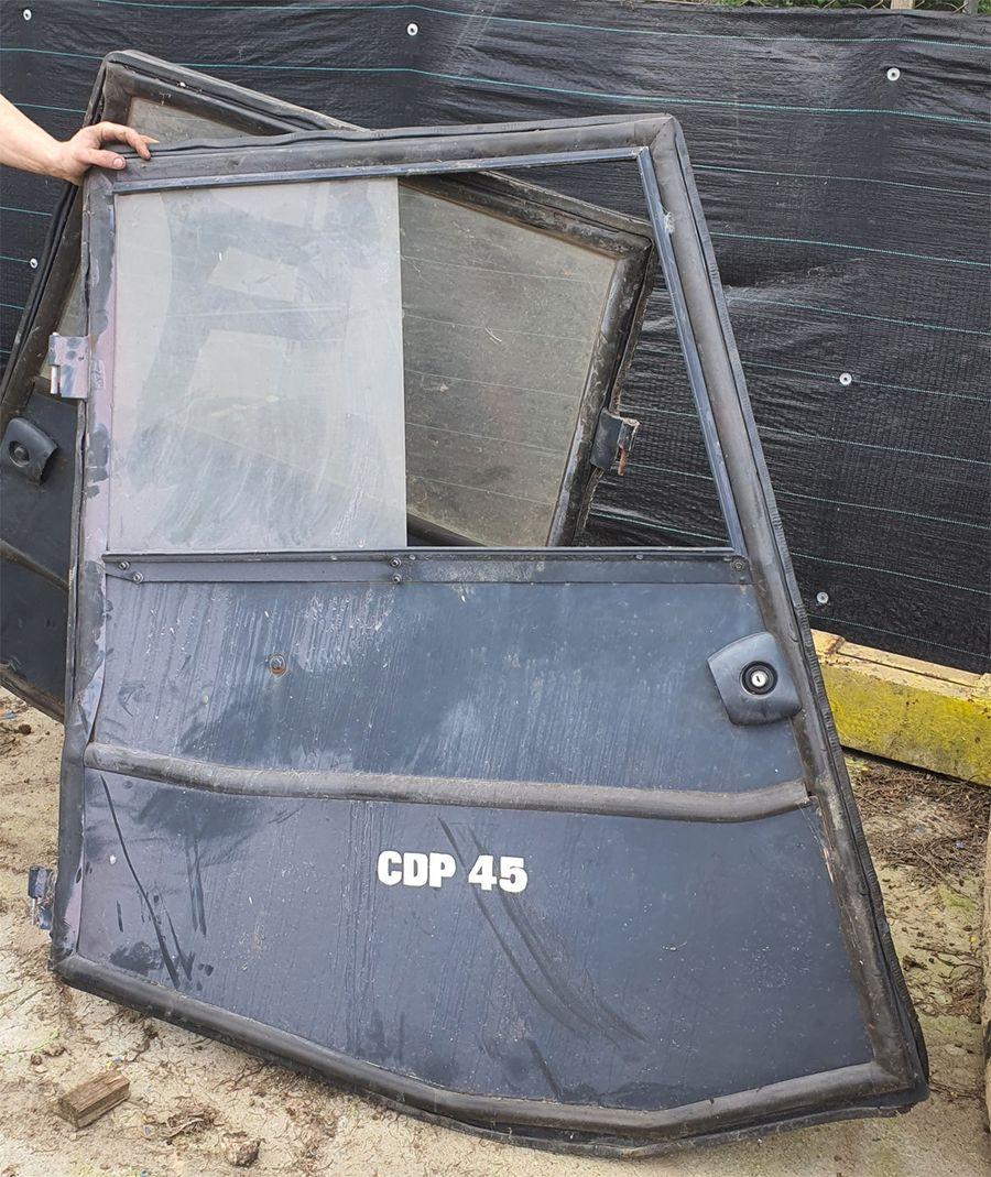 Freemoto - Drzwi do wózka widłowego Clark CDP 45