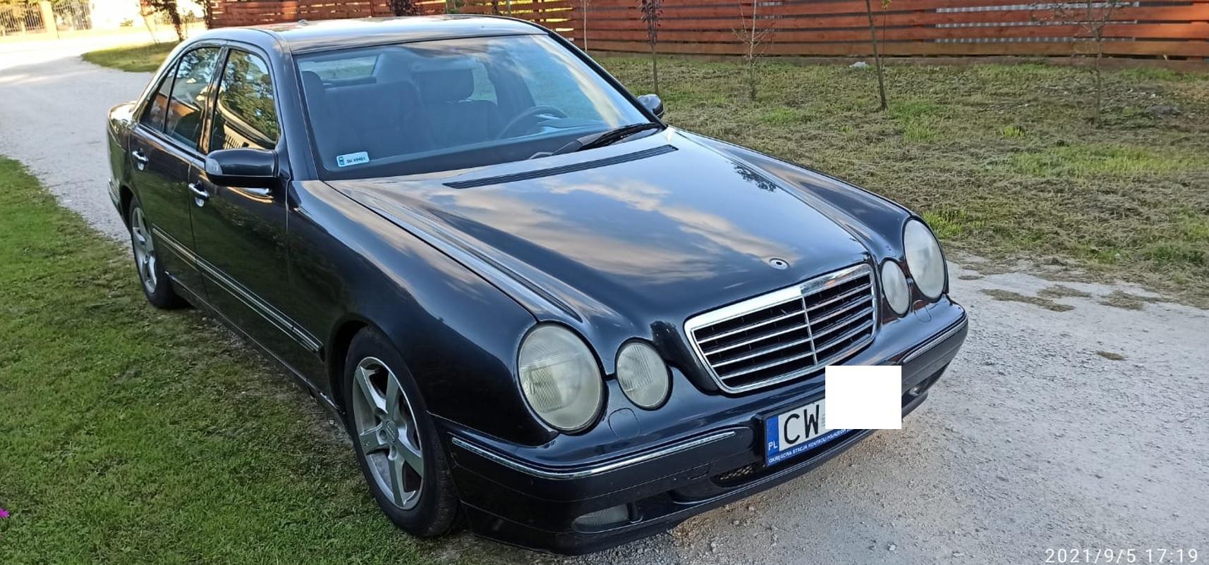 Freemoto - Mercedes-Benz W210 Avantgarde
