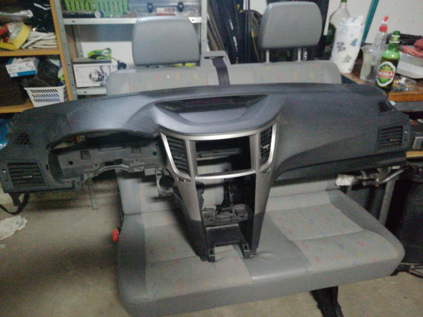 Freemoto - Subaru Legacy 2 rok 2011 (kombi)